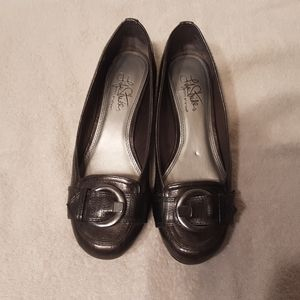 COPY - Lifestride Flats size 6 1/2